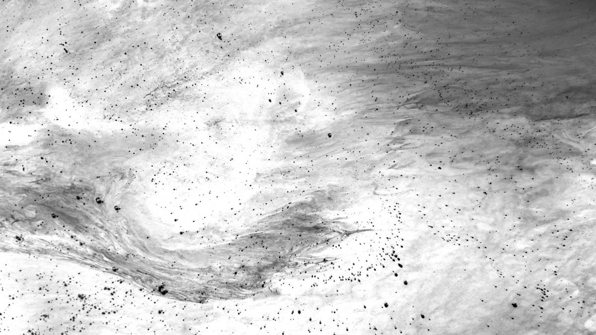 Vibrant Dust 16